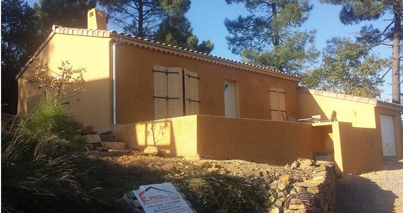 Constructions de maisons par erol construction aubenas for Garage etienne vals les bains